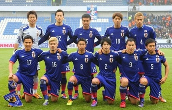 Japan-14-15-adidas-home-kit-blue-blue-blue-line-up-20131116-Netherlands.jpg
